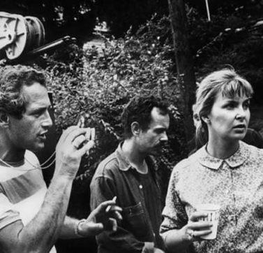 A Joanne Woodward